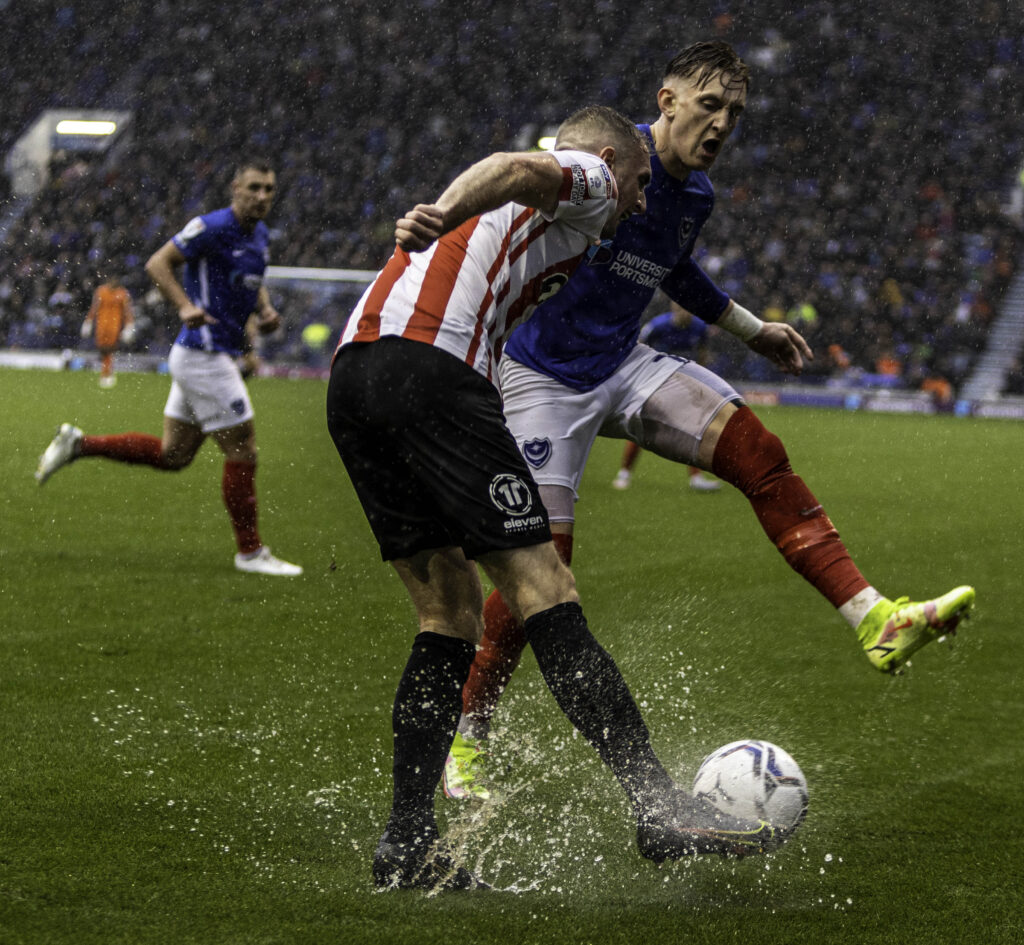 sunderland and portsmouth in the rain